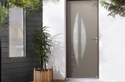 Les portes d'entrée de la gamme bois